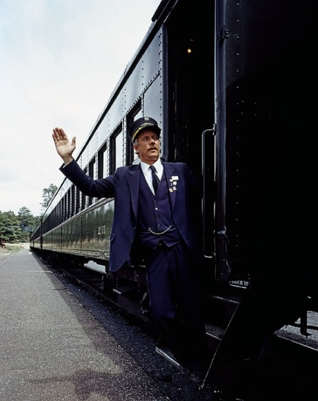 train-754912_640